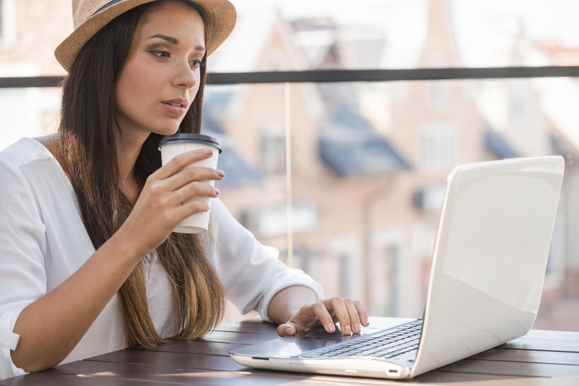 Работа для девушек в веб-студиии